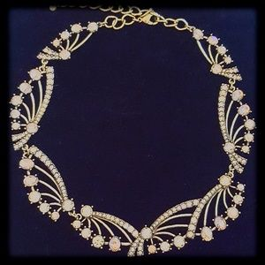 Jewelry - New! Gold & White Crystals Statement Choker